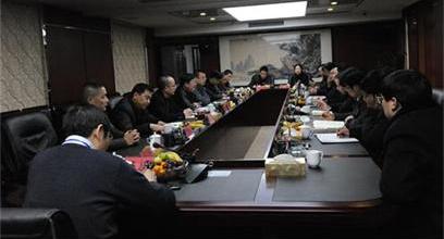 松滋市领导率团来宜考察集团新能源项目