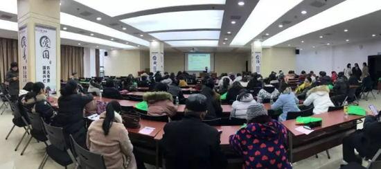 【暖冬】长江医院走进西坝街办开展健康知识普及活动